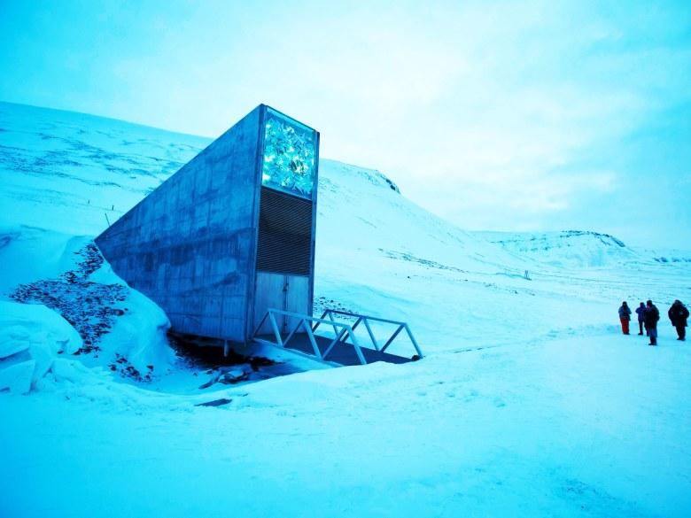 SvalbardSeedBankTA-513189256